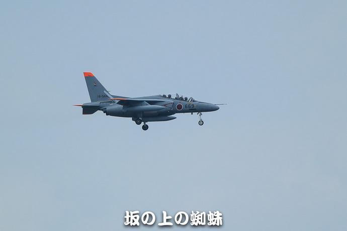 01-E1DX7916-2-LR.jpg