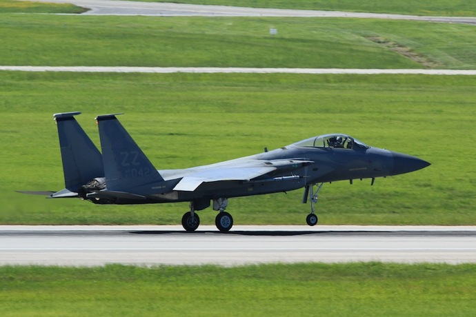 最新鋭ステルス戦闘機「F22ラプター」