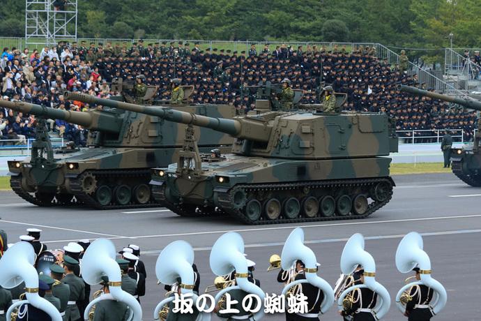 18-TACK9691-2-LR-2.jpg
